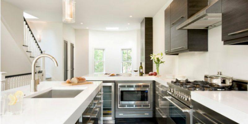 بررسی خصوصیات و مزایای کوارتز برای کابینت آشپزخانه