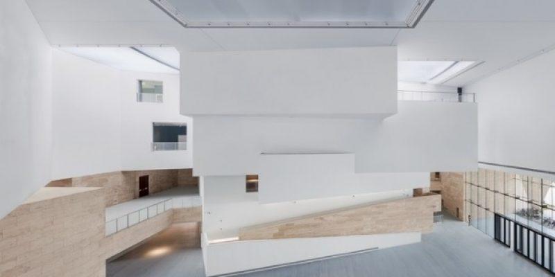 طراحی داخلی گالری هنری شاندونگ / TJAD