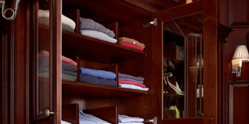 چطور از لباس ها در منزل نگهداری کنیم تا عمر بیشتری داشته باشند