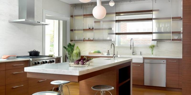 کابینت آشپزخانه با درب های شیشه ای