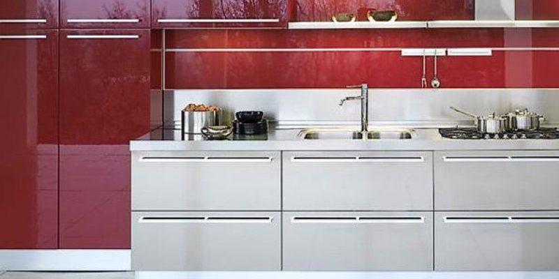 ۱۵ طرح و مدل کابینت آشپزخانه هایگلاس در رنگهای متمایز و خیره کننده
