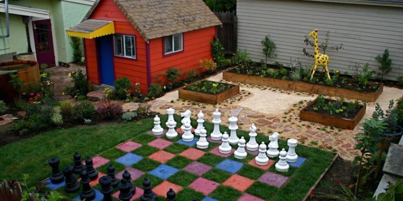 طراحی باغچه رنگی منزل، با ۸ روش به باغچه تان رنگ دائمی بیفزایید
