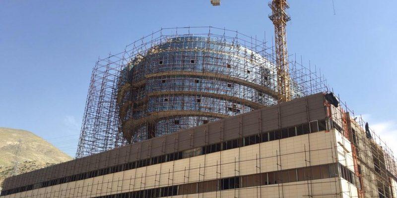 پروژه ی معماری مرکز تخصصی مغز و اعصاب تهران