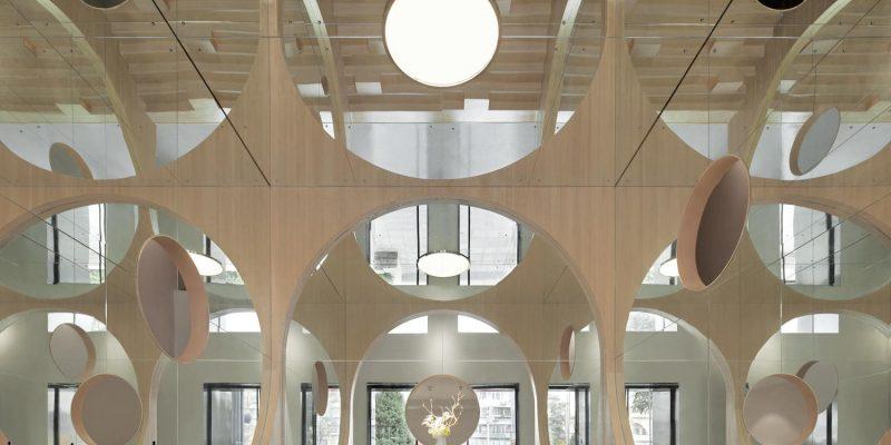 طراحی داخلی سالن کنفرانس آرت هاگکان (Hongkun Art Auditorium) / معمار پندا (penda)
