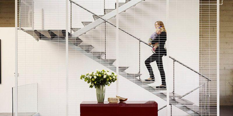 بلند پروازی در دکوراسیون داخلی منزل به کمک نرده ها