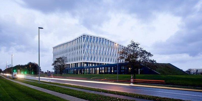 معرفی پروژه های خارجی: معماری تالار شهر VIBROG  و BILBAO