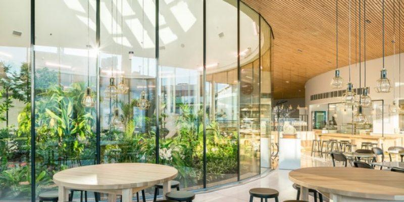 معماری و طراحی مرکز بازدید و ملاقاتهای فیزر / K2S Architects