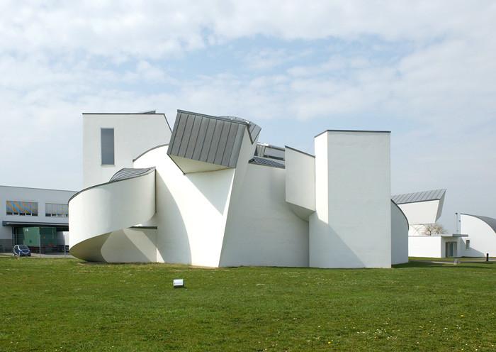 کارخانه و موزه طراحی ویترا Vitra ؛ فرانک گری Frank Gehry
