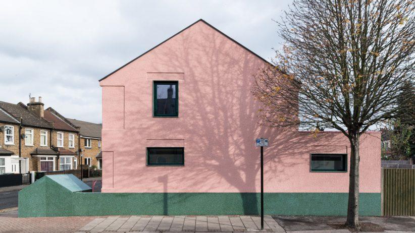 طراحی نمای ساختمان سبز و صورتی