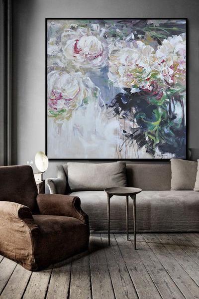 ایجاد دکوراسیونی شیک بر روی دیوار ها می توانید از نقاشی ها و تصاویر هنری به عنوان وسیله ای دکوراتیو