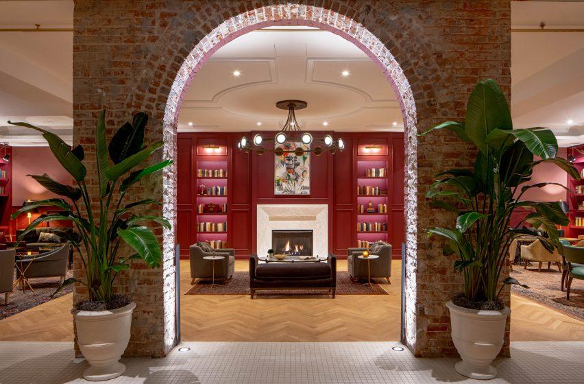 طراحی داخلی هتل الیزا جین