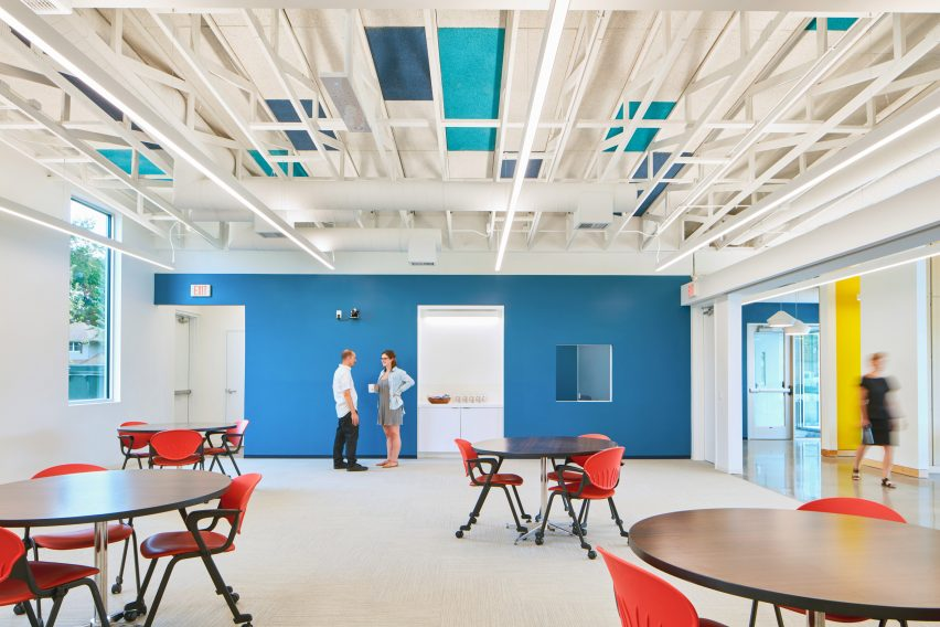 طراحی مرکز آموزشی