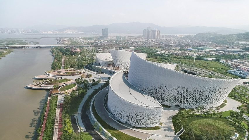 طراحی مرکز فرهنگ و هنر