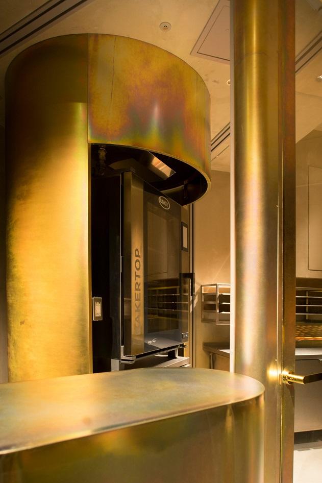 طراحی داخلی فروشگاه پخت