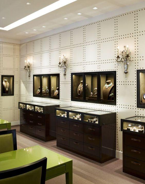 در طراحی طلا فروشی باید اهمیت طلا و جواهرات فراموش نشود