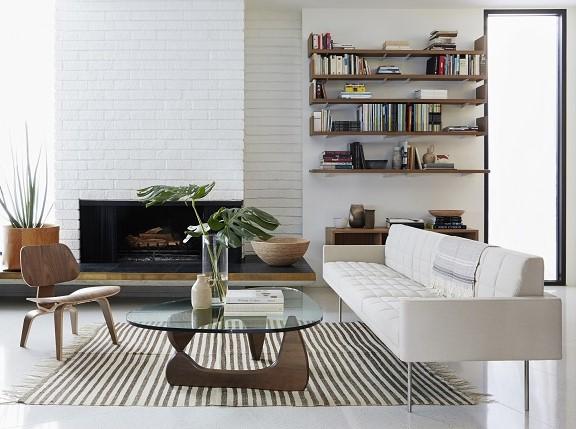 بهتر است که فرش های متعددی که در خانه وجود دارند را جمع کنید.
