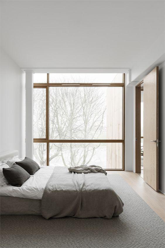 دشمن فضاهای کوچک و صد البته فضاهای دارای سقف کوتاه، آشفتگی و شلوغی است