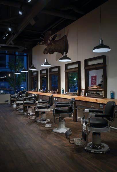 فضای انتظار در دکوراسیون داخلی آرایشگاه مردانه