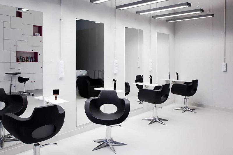 جلب توجه در طراحی داخلی آرایشگاه زنانه