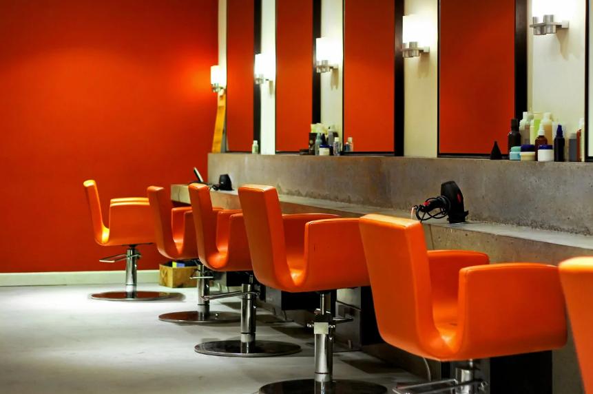 راهنمای گام به گام طراحی داخلی آرایشگاه زنانه