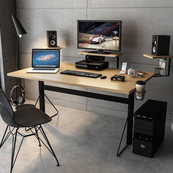 صفحه کامپیوتر باید در جهت مخالف منبع نور در طول روز و نور چراغ مطالعه در طول شب باشد.