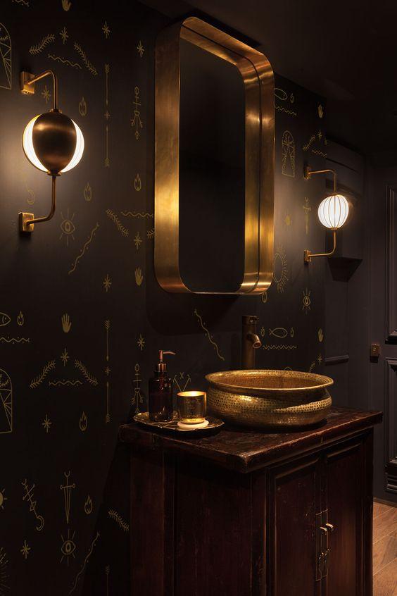 ترکیب سیاه و رنگ طلایی