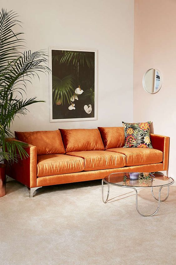 یکی از دلایل محبوبیت رنگ بژ در طراحی داخلی این است که بژ تاثیری آرامش بخش دارد.