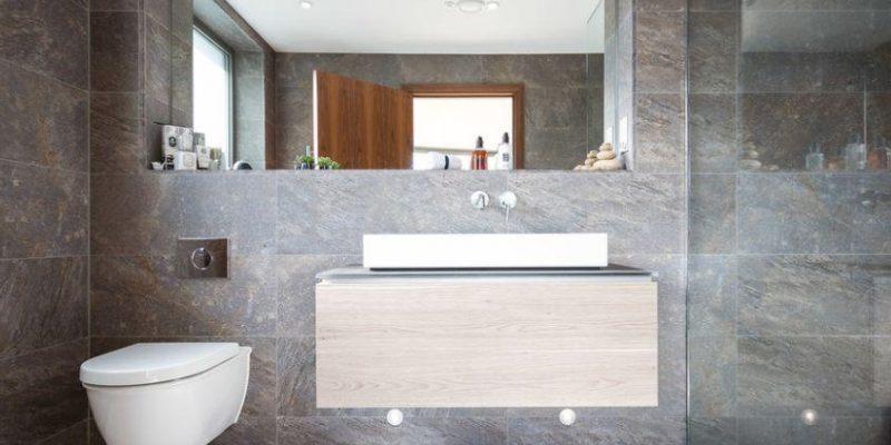 نورپردازی میز آیینه در حمام با ۹ راهکار