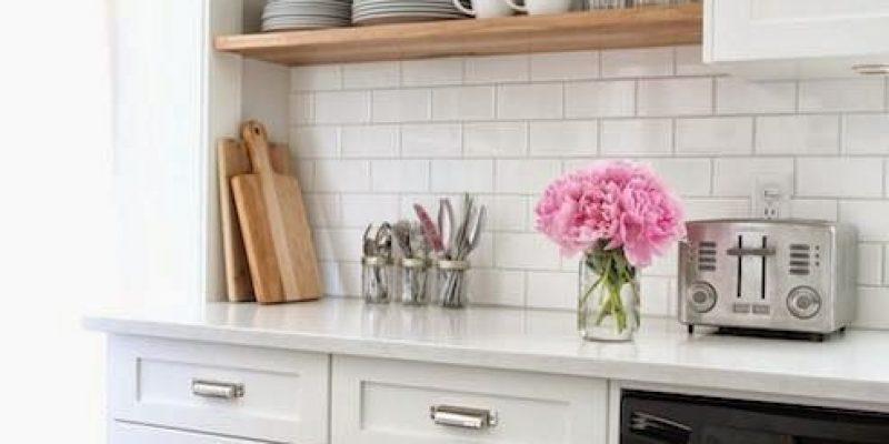 شلف ها و قفسه های تزئینی ؛ دکوراسیون زیبا برای آشپزخانه ها