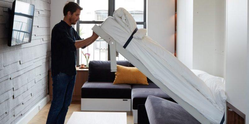 مبلمان چند عملکردی ، کارکردی به اندازه دو برابر مساحت واقعی در بازسازی آپارتمان در نیویورک