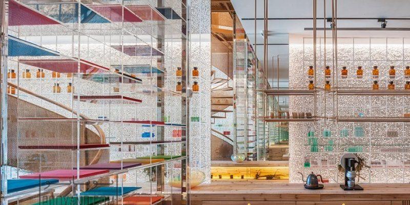طراحی داخلی داروخانه مدرن با خلق فضای نوآورانه داورخانه مالکیور در تایوان / Waterfrom