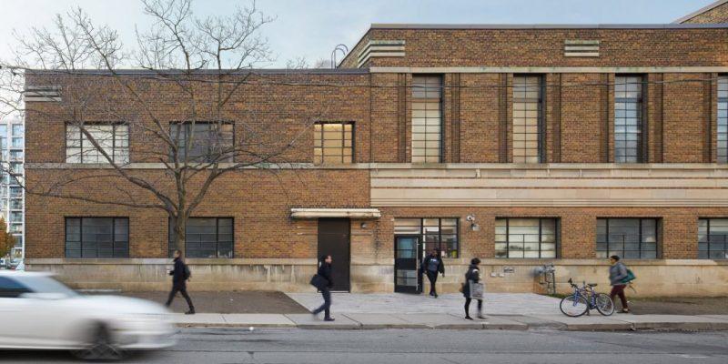 بازسازی انبار قدیمی و تبدیل به انجمن جوانان بی خانمان در تورنتو / معماری شرکت LGA