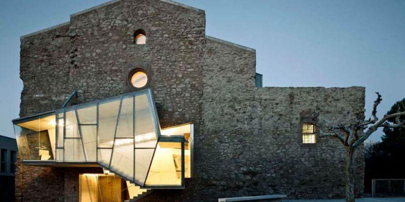تغییر کاربری ساختمان ۱۰ کلیسا با معماری جالب توجه
