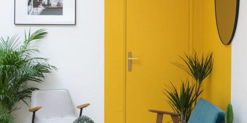 بازسازی درب های قدیمی منزل با ایده های متنوع