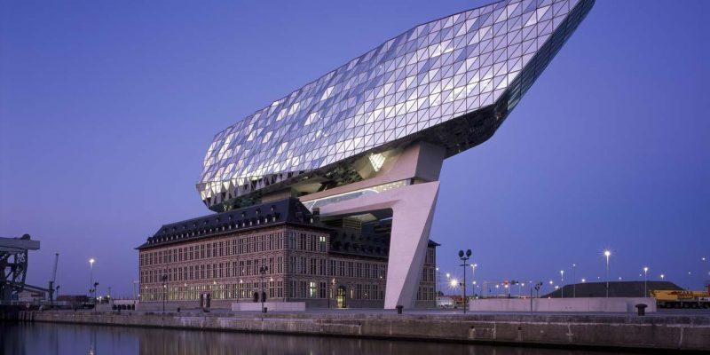طراحی و بازسازی خانه بندر آنتورپ Antwerp/ شرکت معماری زاها حدید