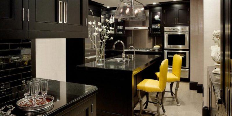 آشپزی با رنگ: چه زمانی از رنگ مشکی در آشپزخانه استفاده کنیم؟