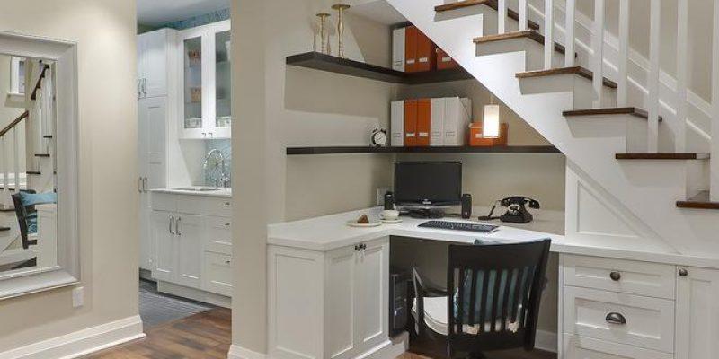 فضای بیشتری نیاز دارید؟ فضای زیر پله ها را به خدمت بگیرید