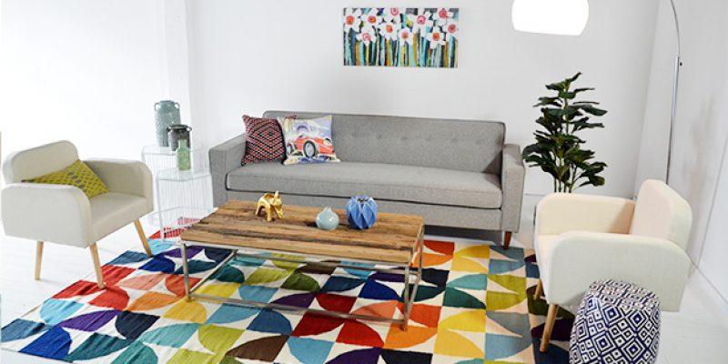 چطور فرش های رنگارنگ و چشم نواز را بدون نگرانی به دکوراسیون منزل مان اضافه کنیم