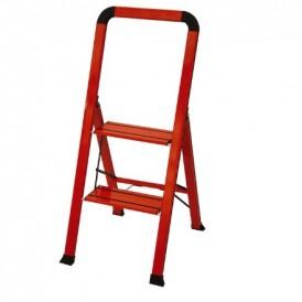 نردبان دوطبقه فلزی قرمز